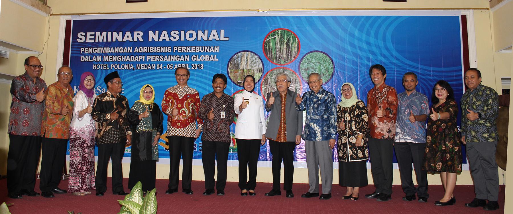 Seminar Nasional Pengembangan Agribisnis Perkebunan Dalam Menghadapi Persaingan Global